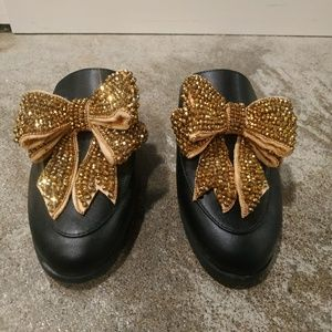 Gold Glitter Bow Black Mules Size 6.5